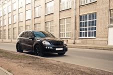 Mercedes Benz ML W164 Brabus Widestar на заводе